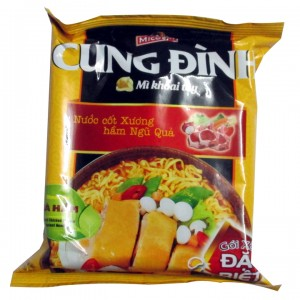 CUNG DINH Stewed Chicken Flavour Instant Noodle 80g – bag