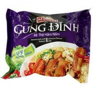 CUNG DINH Stewd pork with mushroom flavour instant noodle 80g – bag