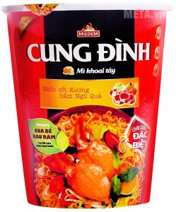 Cung Dinh Spareibs With Bamboo Shoots  Flavour Instant Noodle  80g – Jar