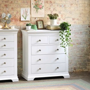 chest of drawers 11