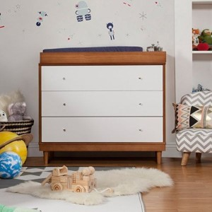 chest of drawers 12
