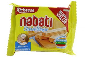Nabati cheese wafer