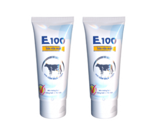 E100 Cow's whitening Cleanser